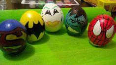 Huevos super héroes