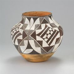 Large Pottery: Very Good Acoma Pottery Jar, Brown and White Geometric Pattern, Ca 1940, #757 by CulturalPatina on Etsy