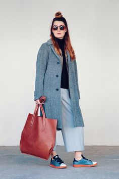 minimalist outfit Raf Simons, Madewell, Duster Coat, Minimalist, Tote Bag, My Style, Blog, Jackets, Outfits