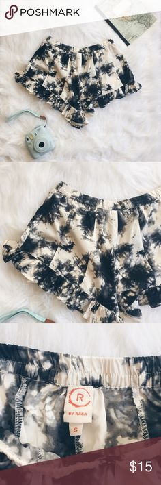 """Forever 21 Tye Dye Ruffle Hem Shorties ▪️Product Description▪️ ▫️Tye dye style print with a darling ruffled hem  ▫️Silky, cool material perfect for humid days ▫️Elastic waist and vertical seams down the front and back  ▫️May be see-through (keep the undergarments neutral to wear with these shorties)   ▪️Fit: True small, high waisted, very short- especially on sides, but longer towards crotch section   ▪️Condition: NWOT  ▪️Measurements: Approx/Laying Flat ▫️Waist- 12""""   ▫️Inseam- 2"""" Forever…"""