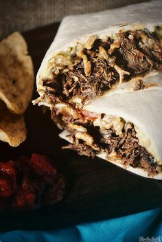 Slow Cooker Chipotle Beef Burritos | Try these for your next casual dinner!