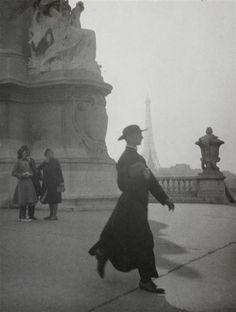 Prêtre à Paris Boiffard Jacques-André (1902-1961) vers 1928