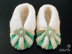 Knit-My version of baby shoes pattern