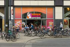 Dunkin' Donuts to Test Mobile Ordering to Improve Customer Experience Dd Perks, Dunkin Donuts, Customer Experience, Retail, Shops, Retail Merchandising