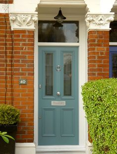 Resultado de imagen para best front door color for orange brick house Front Door Paint Colors, Exterior Paint Colors For House, Painted Front Doors, Paint Colors For Home, Paint Colours, Green Front Doors, Exterior Front Doors, Red Doors, Orange Brick Houses