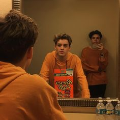 Reece Bibby and Blake Richardson doing their best tangerine impressions New Hope Club, A New Hope, Blake Richardson, Reece Bibby, Josi, The Vamps, To My Future Husband, Beautiful Boys, Cute Guys