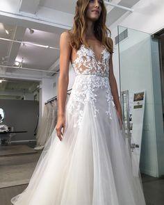 Monique Lhuillier Bridal 2018