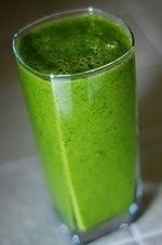 Kiwi-Pear Smoothie Recipe  Another green smoothie recipe guaranteed to boost your weight loss. healthy-lifestyle healthy-lifestyle lose-weight-fast lose-weight-fast