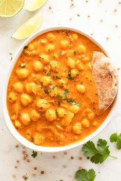 Chickpea curry, one of my all-time favorite chickpea recipes. Spicy Recipes, Veggie Recipes, Indian Food Recipes, Vegetarian Recipes, Cooking Recipes, Healthy Recipes, Vegan Chickpea Recipes, Comida India, Curry Ingredients