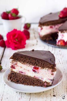 Dessert Cake Recipes, Fun Desserts, Delicious Fruit, Yummy Food, Delicious Recipes, Pastry Recipes, Baking Recipes, Bakers Gonna Bake, Polish Recipes