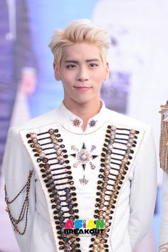 150927 Jonghyun @ SHINee World IV In Bangkok press conference Shinee Jonghyun, Lee Taemin, Sulli, K Pop, Saranghae, Kim Kibum, Weird Dreams, Beautiful Smile, Rap Monster