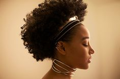 Mynach < profile view + of African descent