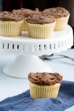 Whisk Kid: Slick - {Browned Butter Cupcakes with Chocolate Buttercream}