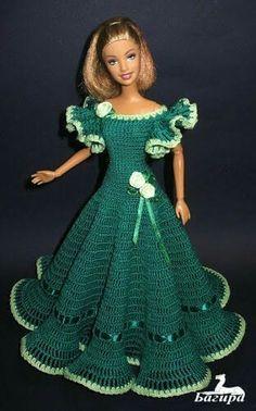 crochet barbie doll clothes for beginners ile ilgili görsel sonucu Crochet Doll Dress, Crochet Barbie Clothes, Knitted Dolls, Barbie Patterns, Doll Clothes Patterns, Clothing Patterns, Barbie Gowns, Barbie Dress, Barbie Doll