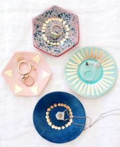 jewelry dishes Maybe something for https://Addgeeks.com ?