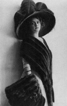 Colossal hat, ca 1910