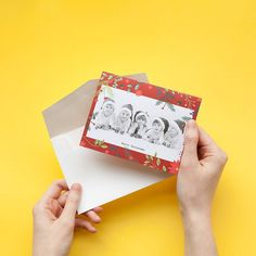 Christmas is coming! Groovy holidays cards on the site now Christmas Card Maker, Christmas Cards Drawing, Christmas Place Cards, Homemade Christmas Cards, Christmas Gift Tags, Christmas Holiday, Holiday Cards, Photo Wedding Invitations, Engagement Invitations