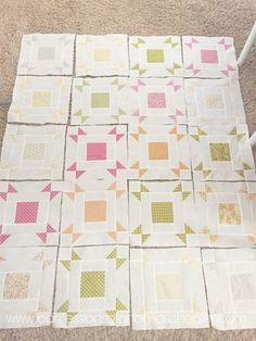 Hi friends! I have a really fun and super easy (a. beginner friendly) FREE quilt pattern to share with you guys today! It's called the Layer Cake Pop Quilt by Fat Quarter Shop. I've been hoarding the Sunkissed line by Sweetwater Fabric for a Star Quilts, Easy Quilts, Scrappy Quilts, Layer Cake Quilt Patterns, Layer Cake Quilts, Layer Cakes, Modern Quilt Patterns, Quilt Block Patterns, Quilt Blocks