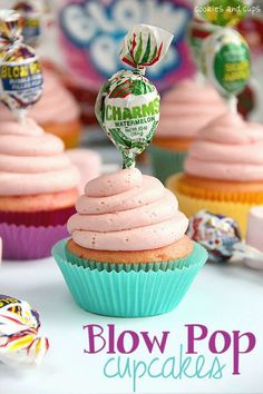 Blushing Bubblegum Cakes  Blow Pop Cupcakes are the Perfect Girly Treat #cupcakes