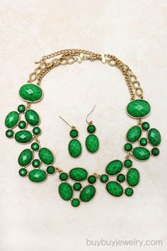 Green statement necklace!  this is BEAUTIFUL!!   $22.00 for the set!