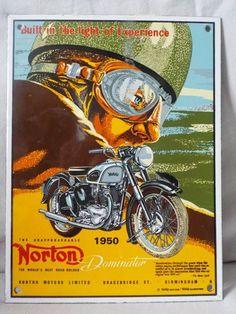 Zeldzame geëmailleerd uithangbord van het model 7 Dominator van Norton 1950.  Geëmailleerde teken Norton Motors 1950.Ondertekend tekening zie foto's.Grootte: 19 x 25 cmGepubliceerd in 1950.Limited Edition.De rug is iets gedragen.Bijgehouden door vervoerder Colissimo internationale verzending.Vol met grote zorgSnelle bezorging.  EUR 0.00  Meer informatie