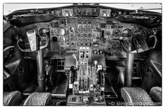 My shot of an old Boeing 727 cockpit. #boeing727