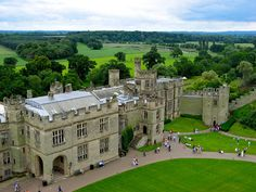 Warwick Castle, Warwickshire, West Midlands, England, United Kingdom Warwick is beautiful Dream English, English Manor, Palaces, Places To See, Places Ive Been, Castle Interiors, Warwick Castle, English Cottages, Manor Houses