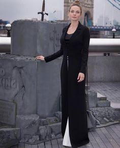Rebecca Fergusson, Rebecca Ferguson Actress, Swedish Actresses, White Queen, Hot, Beautiful, Dresses, Fashion, Vestidos