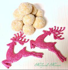 Raspberry Centered Truffles - 4 ingredients no bake truffles    #No bake #Christmas #dessert