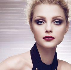Weiblich und charmant -Nina Ricci Augen Make-up