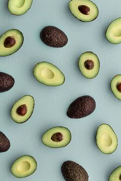 background by Ruth Black for Stocksy United -Avocado background by Ruth Black for Stocksy United - Tumblr Wallpaper, Iphone Wallpaper Vsco, Phone Screen Wallpaper, Food Wallpaper, Iphone Background Wallpaper, Aesthetic Iphone Wallpaper, Aesthetic Wallpapers, Background Images, Rose Background