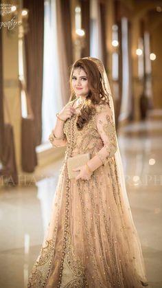 Walima Dress for - Wedding Ideas MakeIt Bridal Mehndi Dresses, Beautiful Bridal Dresses, Walima Dress, Shadi Dresses, Pakistani Formal Dresses, Pakistani Wedding Outfits, Bridal Dress Design, Pakistani Wedding Dresses, Wedding Dresses For Girls