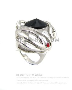 Wholesale high quality alloy with 14k white gold plated white black spire shape agate baroque style rings