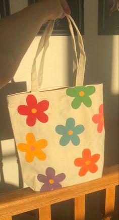 Sacs Tote Bags, Diy Tote Bag, Tote Bags Handmade, Cute Tote Bags, Canvas Tote Bags, Canvas Totes, Tods Bag, Painted Bags, Ideias Fashion