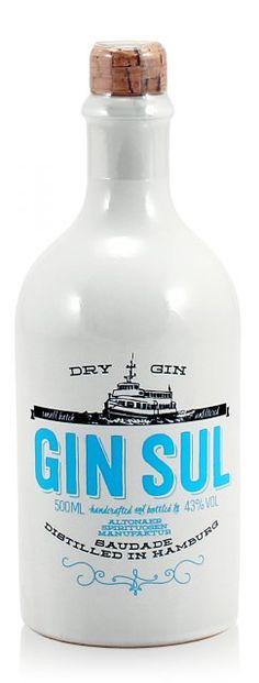 Gin Sul 0,5L (43% Vol.) - #GinSul from #Hamburg is one of #Germanys finest an best #Gins // #RockDrinks // http://www.rock-drinks.de/Gin/Gin-Sul-05L-43-Vol::1759.html
