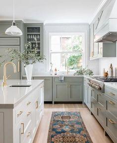Kitchen Post, Kitchen Dining, Kitchen Decor, Cute Home Decor, Cheap Home Decor, Style Me Pretty Living, Inspiration Design, Kitchen Inspiration, Up House