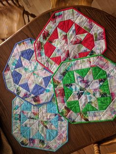 Handmade Quilted Placemats Candle Mats Set of 4 Reversible Jacob/'s Ladder pattern