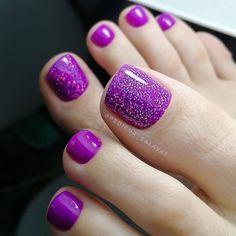 One Color Nails, Toe Nail Color, Nail Colors, Pedicure Colors, Pedicure Nail Art, Santa Nails, Purple Nail Art, Gold Glitter Nails, Feet Nails