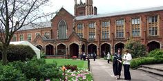Why Studying Engineering at QUB is a Better Decision Than Studying in Indian Colleges. Apply for Admission in Queen's University Belfast, Northern Ireland