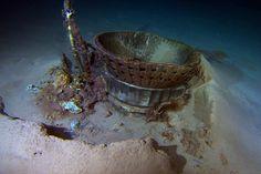 El motor F1 de un cohete Apolo en el fondo del Atlántico (Bezos Expedition, 2013)