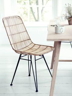 Round Rattan & Teak Dining Chair - Luxury Chairs - Luxury Seating - Luxury Home Furniture Luxury Dining Chair, Rattan Dining Chairs, Luxury Chairs, Dining Table Chairs, Dining Room Furniture, Oak Table, Kitchen Chairs, Furniture Ideas, Kitchen Dining