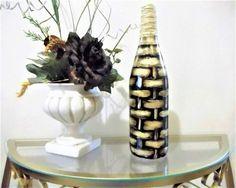 Garrafa decorada com betume estilo cesta, aprenda a fazer esse lindo objeto para decoração e garanta mais sofisticação a sua decoração de interiores.