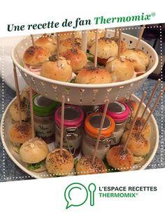 MINI BURGER APERITIF par Cristouille91. Une recette de fan à retrouver dans la catégorie Pains & Viennoiseries sur www.espace-recettes.fr, de Thermomix®.