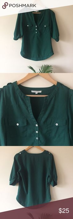 "41 Hawthorn ""Stitch Fix"" Filbert Blouse 41Hawthorn Jade Green Filbert Blouse   A gorgeous jade green blouse by 41 Hawthorn. ¾ sleeves that are beautiful and have a scallop design. Worn twice and in excellent condition with no flaws! Retail is $58. Size S Length: 27 inches Bust: 18.5 inches 41 Hawthorn Tops Blouses"