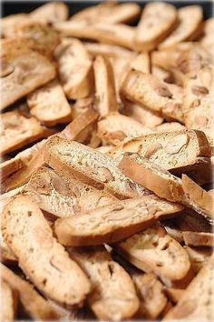 Dolci tipici della cucina abruzzese, i pepatelli teramani o mbepetielle