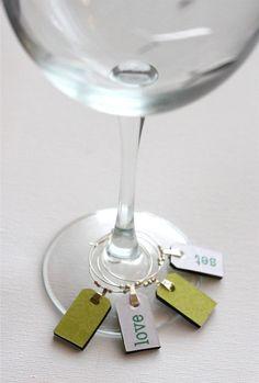 Tennis wine charm set $10 #gift #tennis #wine