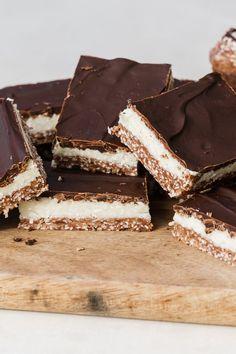 Cookie Recipes, Dessert Recipes, Desserts, Butter Cookies Recipe, Vanilla Essence, Peppermint, Icing, Good Food, Coconut