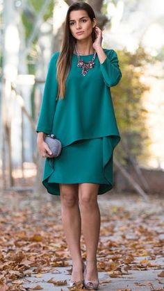 Conjunto de #falda + #blusacapa en verde de #dresseos con maxicollar de…
