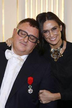 アルベールエルバスがレジオンドヌール勲章を受賞