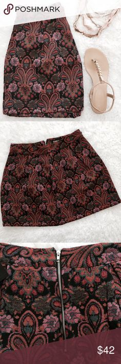 Paisley Tapestry Skirt Paisley floral design. Pleated. Exposed zipper down back.   •USE OFFER FEATURE TO DISCUSS PRICING  •YOU MAY ASK FOR A BUNDLE QUOTE  •NO OUTSIDE TRANSACTIONS •NO TRADES Fashion Union Skirts